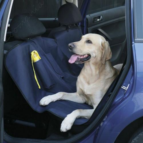 Кучешка постелка за задните седалки на автомобила