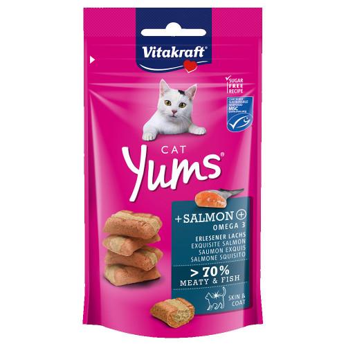 Вкусно и сочно лакомство за котки Vitakraft Cat Yums® меки хапчици със сьомга и Ω-3 - 40гр